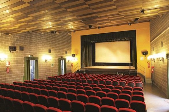 cinema-teatro-elios-sala-carmagnola-198-posti